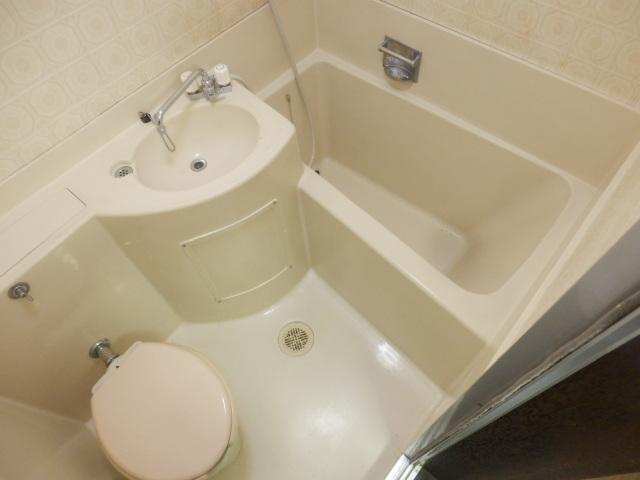 サンケー・A 302号室の風呂