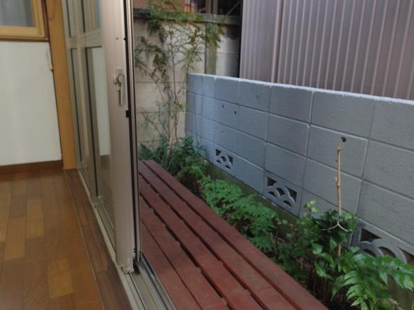 藤荘 1-A号室のバルコニー