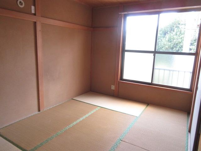 小菊荘 2F号室の居室