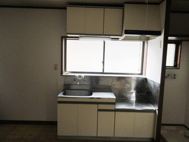 小菊荘 2F号室のキッチン