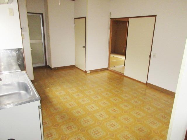 小菊荘 2F号室のリビング