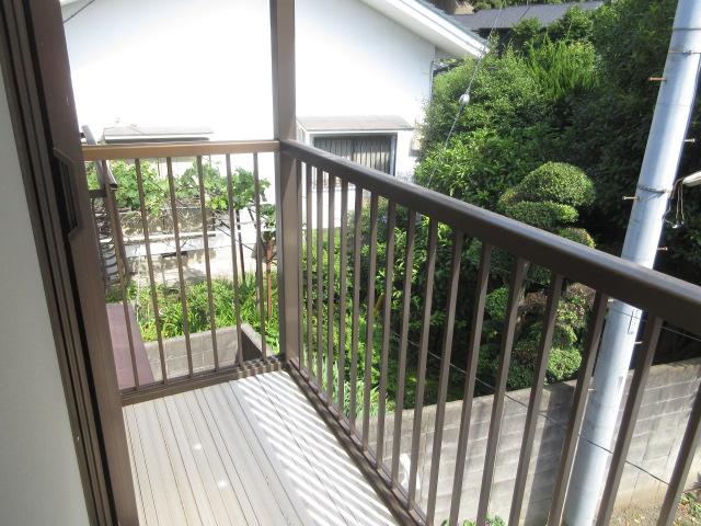 小菊荘 2F号室のバルコニー
