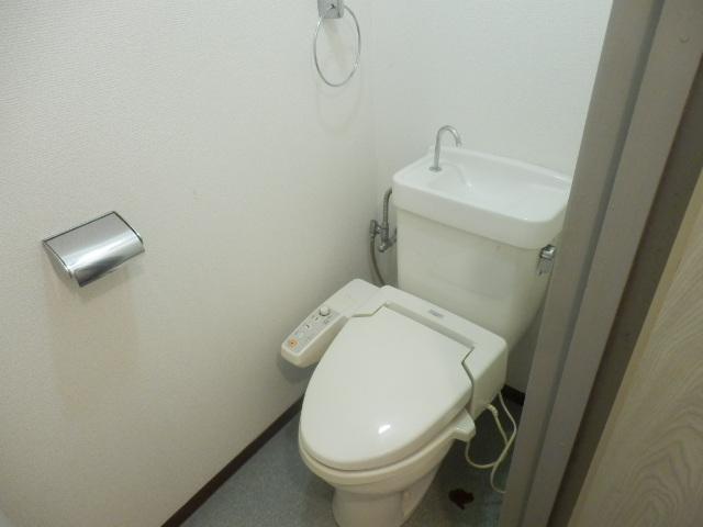 プログレス国立 103号室のトイレ
