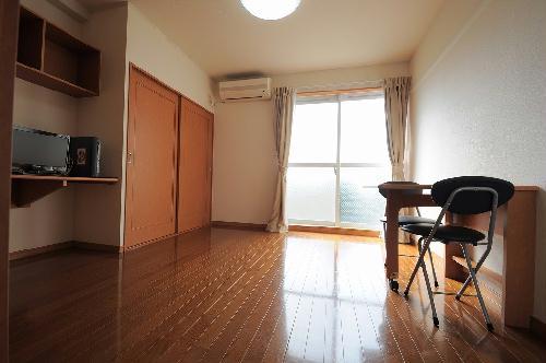 レオパレス太陽 203号室のキッチン