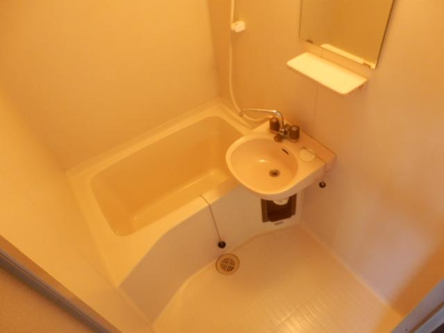 サンライズ高柳マンション 203号室の風呂