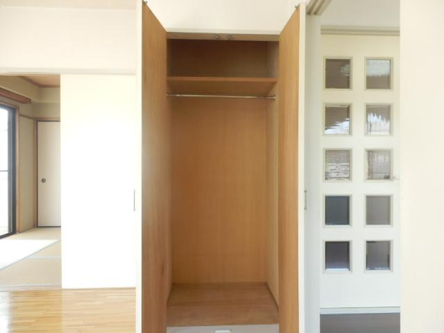 メゾンドカルムA 202号室の収納