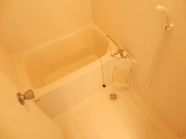 メゾンドカルムA 202号室の風呂