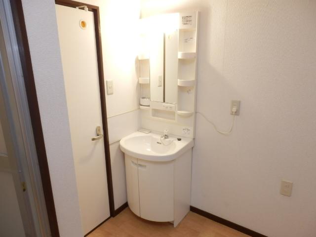 グリーンハイツ国立 105号室の洗面所