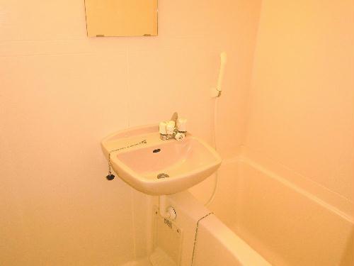 レオパレス中央Ⅱ 204号室の風呂