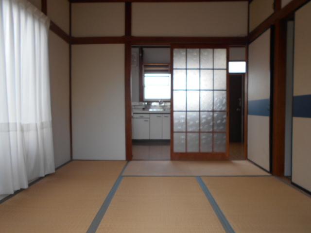 コーポ司 201号室の居室