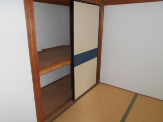 コーポ司 201号室の収納