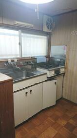 イチカワハイツ 201号室のキッチン