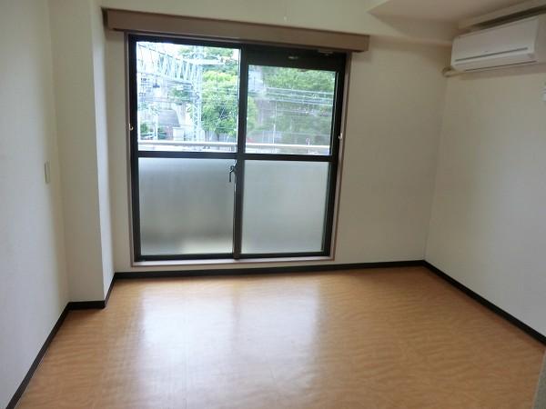 日吉カレッジハウス 411号室の居室