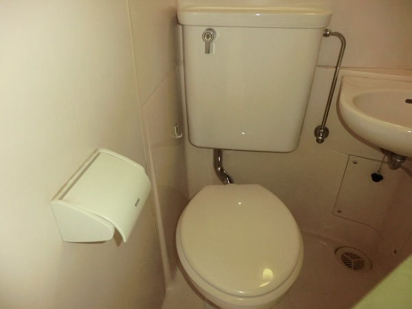 日吉カレッジハウス 411号室のトイレ