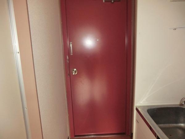 日吉カレッジハウス 411号室の玄関