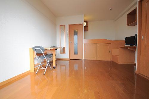 レオパレス雷塚 104号室のキッチン