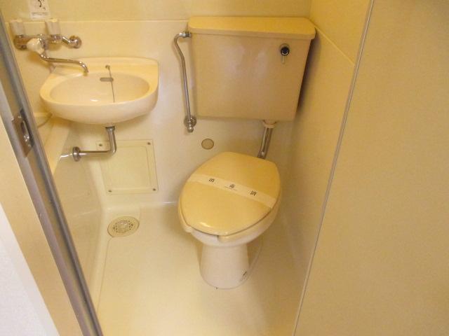 リバティー88 105号室のトイレ