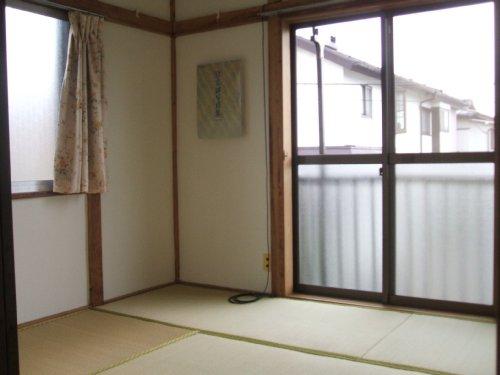 桃山荘 208号室のバルコニー