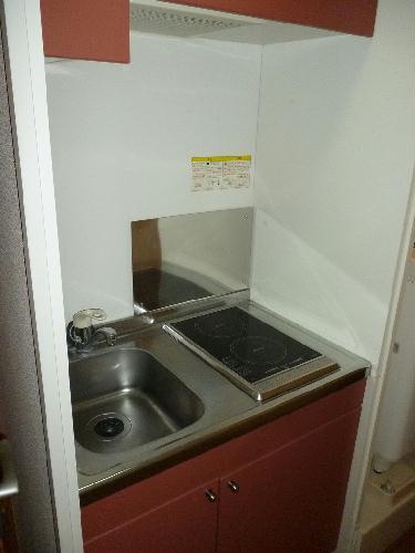 レオパレスSUN 103号室のキッチン