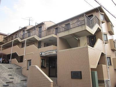 ライオンズマンション新横浜B館 206号室の外観