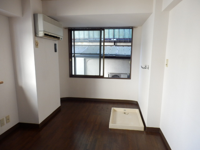 第三MKビル 101号室のリビング