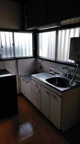 さつき荘 0201号室のキッチン