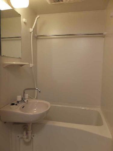 レオパレスヒューゲル参番館 408号室の風呂