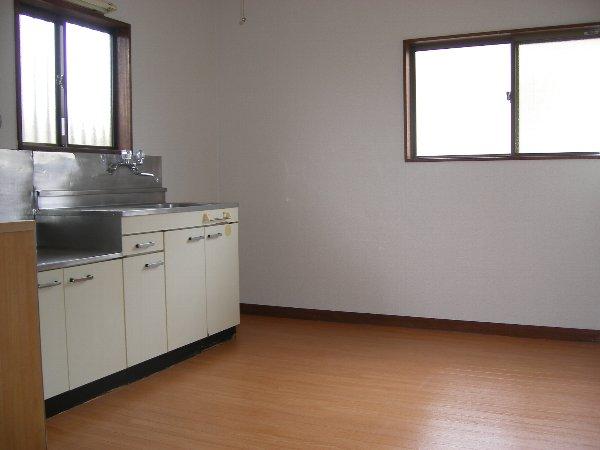 ハイツフォレスト 102号室のキッチン