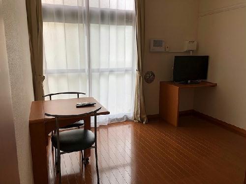 レオパレス村山 103号室のリビング