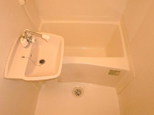 レオパレス村山 103号室の風呂
