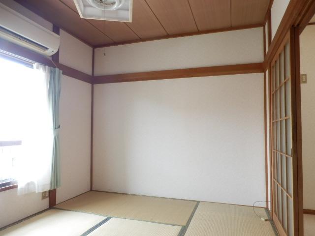 こぶし荘 201号室の居室