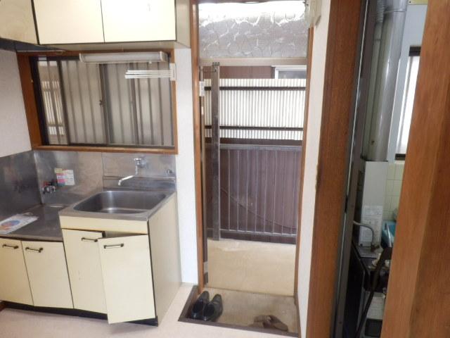こぶし荘 201号室の玄関