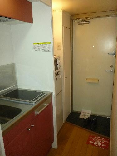 レオパレス東海 102号室のキッチン