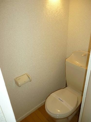レオパレス東海 102号室のトイレ
