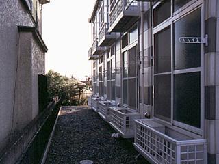 レオパレス東海 102号室のバルコニー
