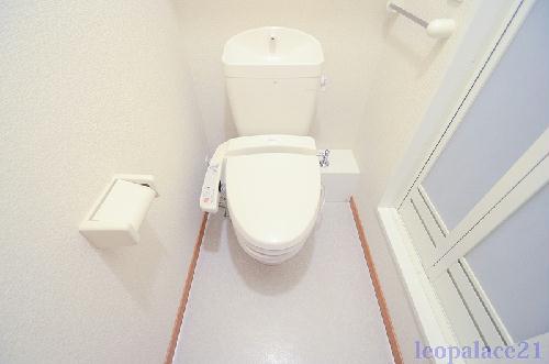 レオパレスパルティ-タ 107号室のトイレ