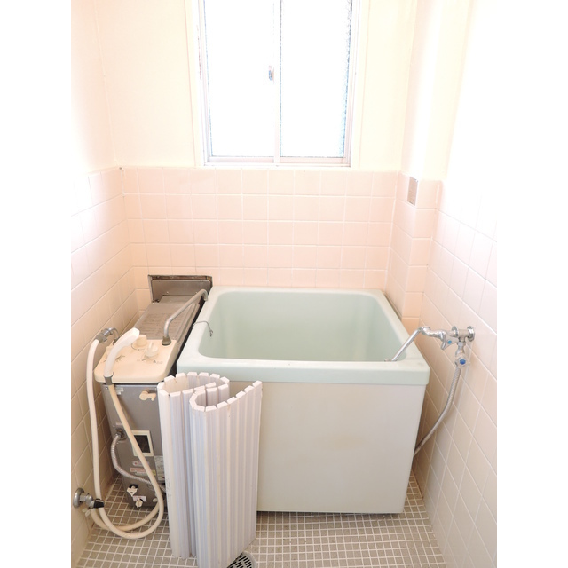 青梅第二プラザ 302号室の風呂