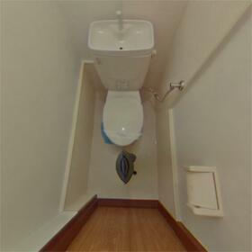 フラット司 1-E号室のトイレ