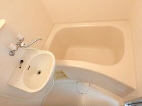 オークハウス 0303号室の風呂