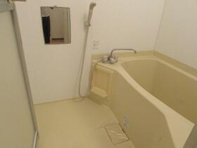 メゾン・ドゥ・ラポート羽村Ⅱ 105号室の庭