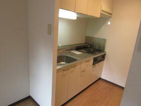 メゾン・ドゥ・ラポート羽村Ⅱ 105号室のリビング
