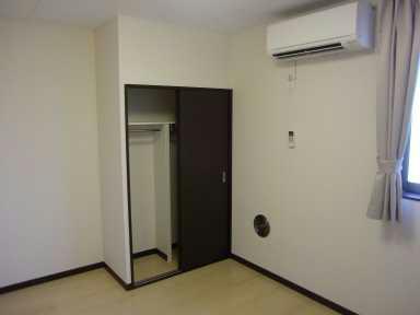 レオネクストパサージュⅠ 103号室の収納