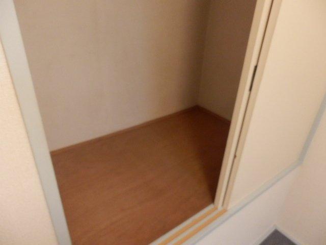 ハーモニーハウス 202号室の収納