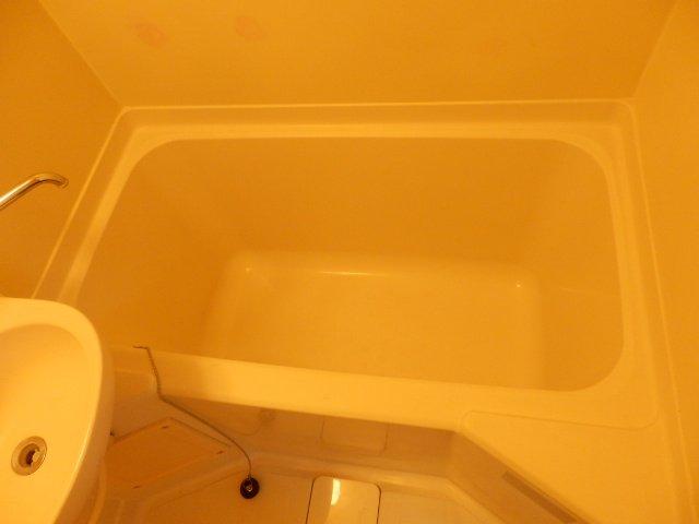 ハーモニーハウス 202号室の風呂