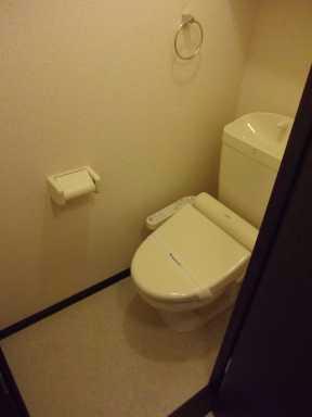 レオネクストパサージュⅠ 201号室のトイレ