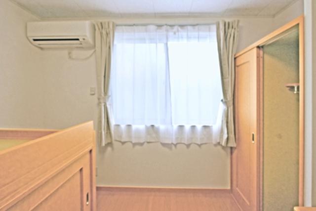 カーサロイヤル福生 103号室のリビング