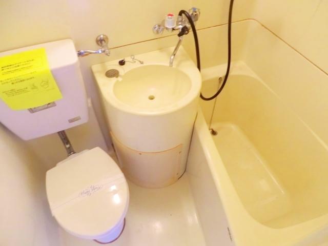 フラット国立A棟 103号室の風呂