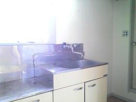 コーポ冨久屋 201号室のキッチン
