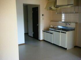 メゾンむさし野 201号室のキッチン