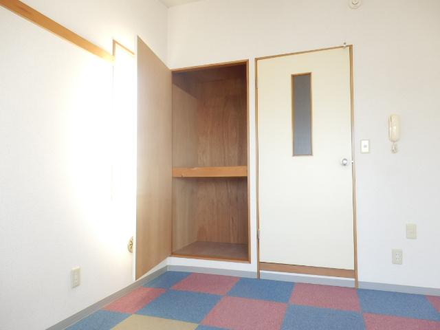 フォッセ国立 301号室の収納